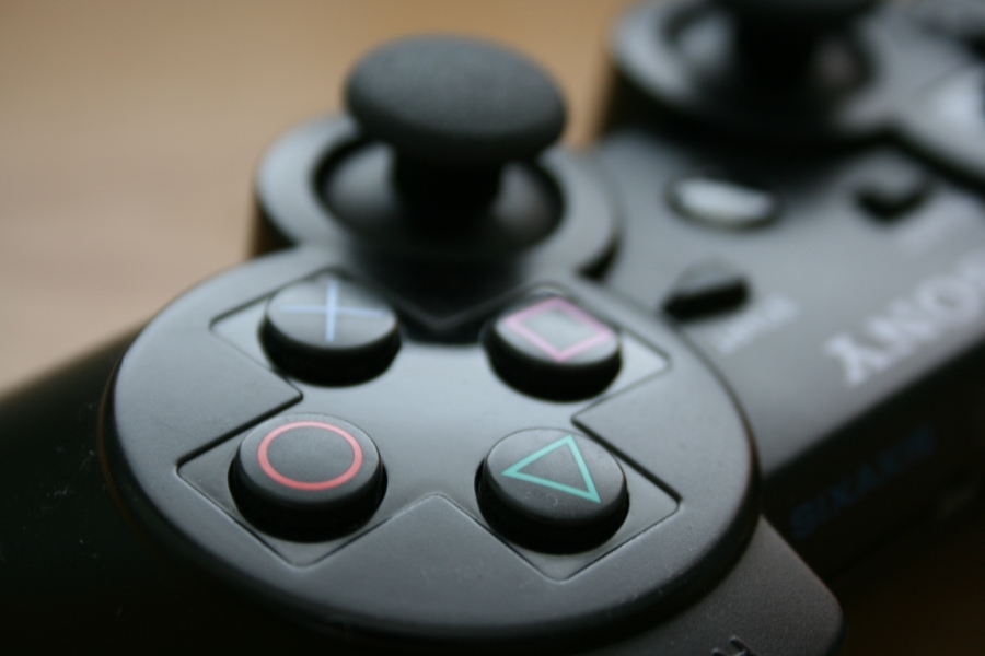 A PS4 konzolok kelendőbbek, mint a konkurens gépei